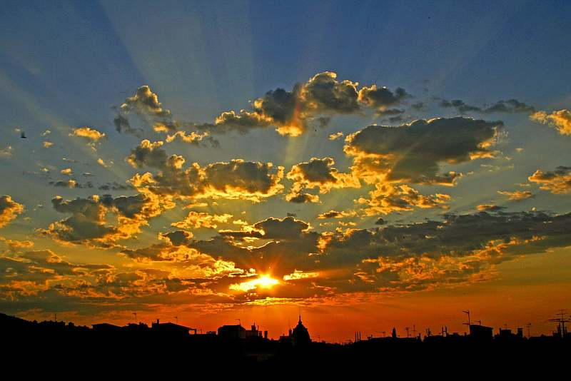 41-barcelona-spain-sunrise