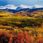 fall-scenery-snowy-mountains